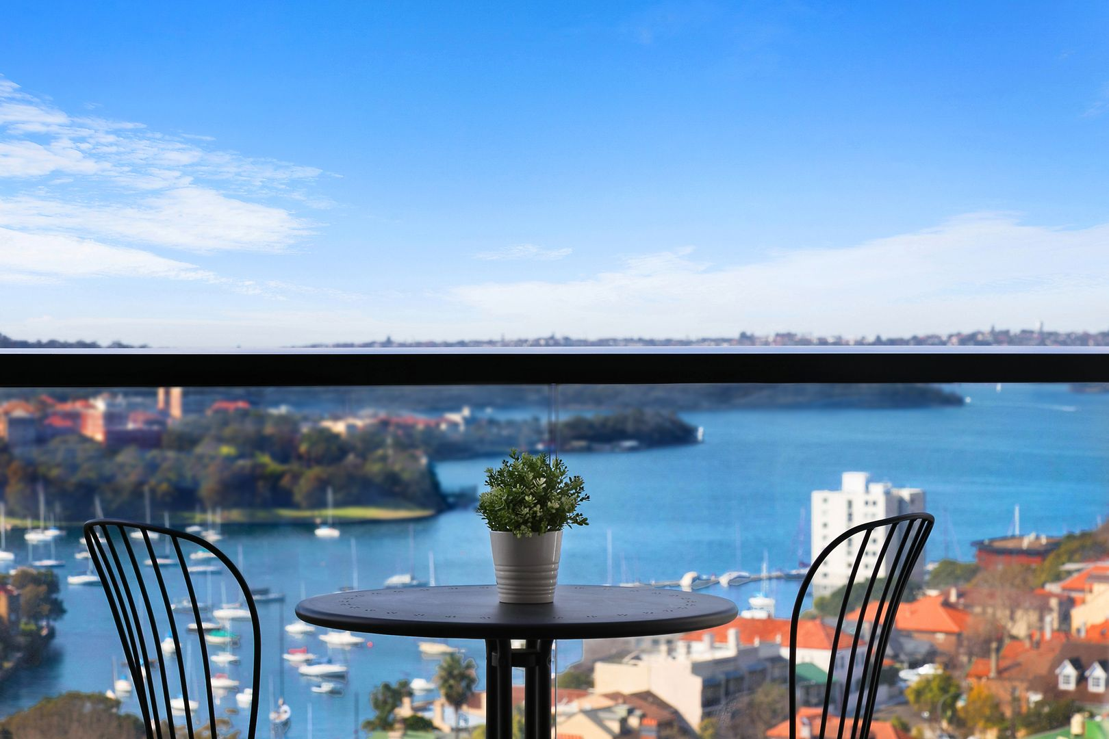 1002/88 Alfred Street, Milsons Point NSW 2061, Image 2