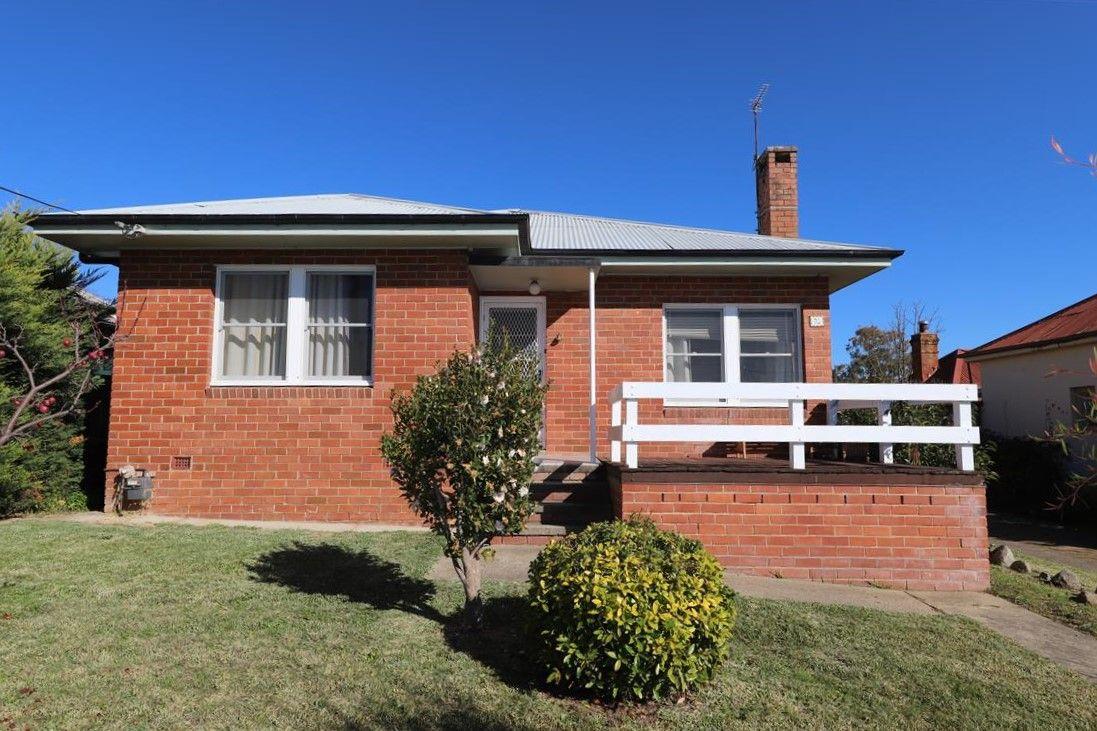 93 Capper Street, Tumut NSW 2720, Image 0