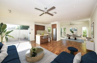 Picture of Villas 1 & 2/16 Sunshine Blvd, Broadbeach Waters QLD 4218
