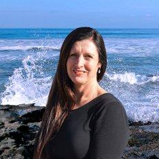 Amber Noseda, Sales Consultant