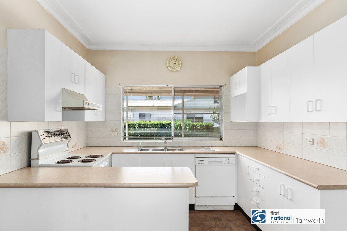 25 Diane Street, South Tamworth NSW 2340, Image 1