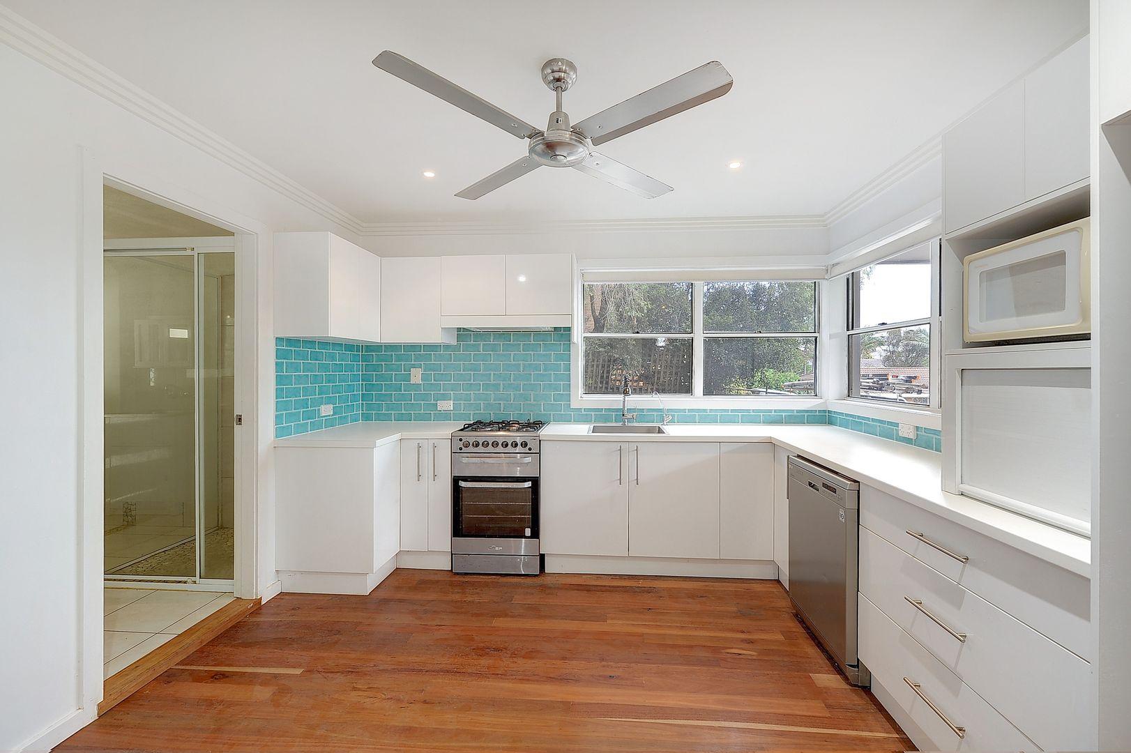 2/8 Norfolk Avenue, Port Macquarie NSW 2444, Image 2