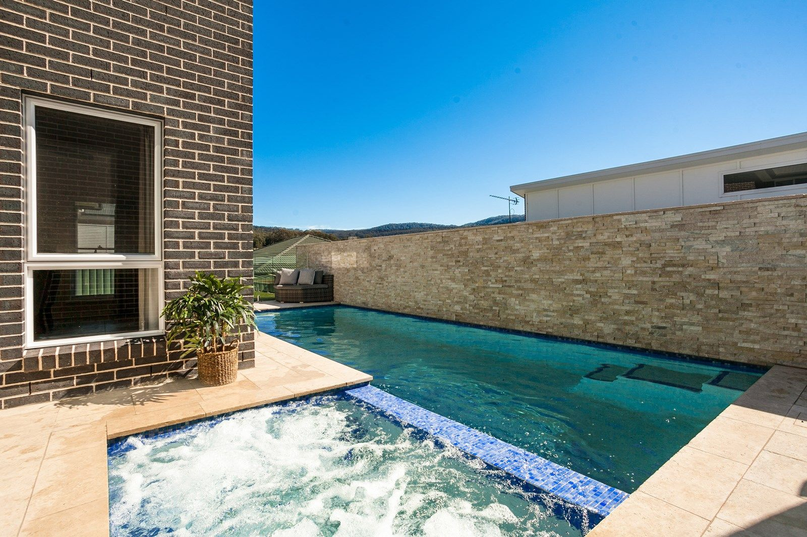 5 Morinda Close, Figtree NSW 2525, Image 2