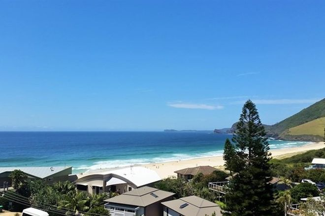 Picture of 16 Headland Road, BLUEYS BEACH NSW 2428