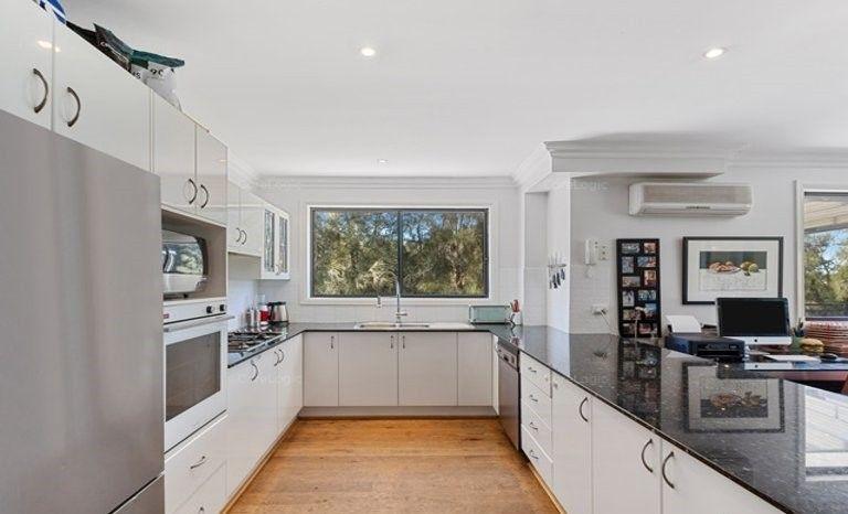 30/2 Adcock Avenue, West Gosford NSW 2250, Image 2