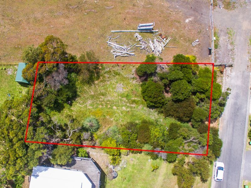 2 Surf Avenue, Skenes Creek VIC 3233, Image 0