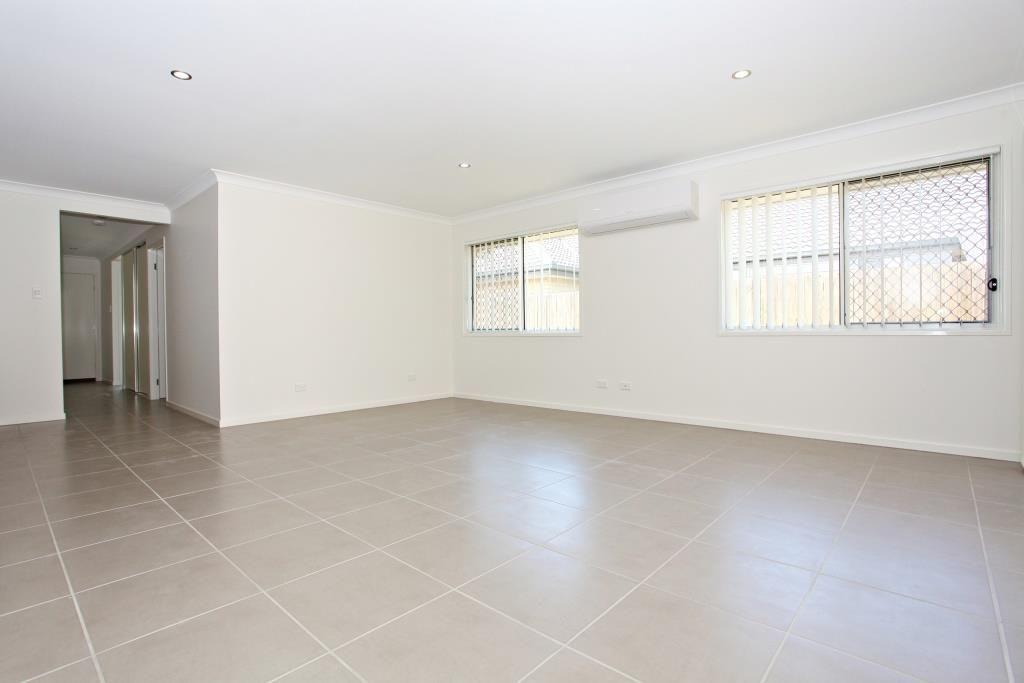 Ormeau Hills QLD 4208, Image 2