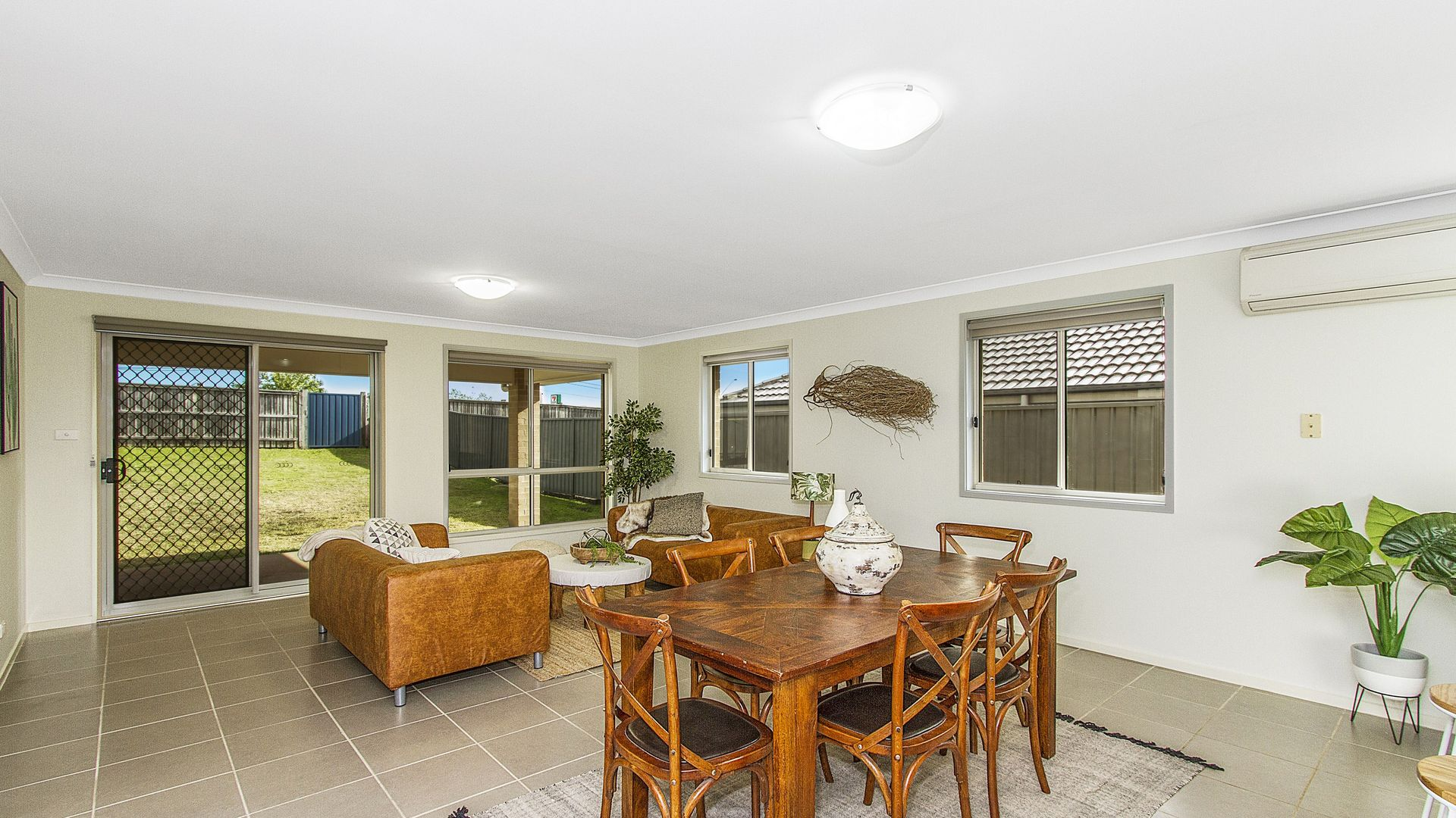 72 Settlement Drive, Wadalba NSW 2259, Image 2
