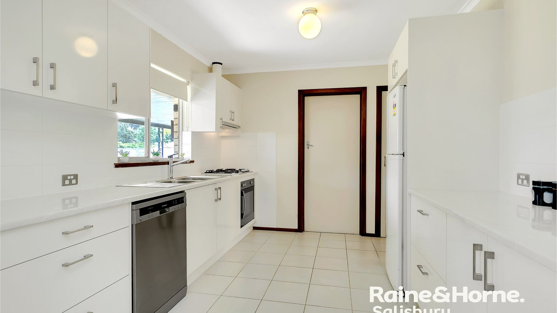 9 Wicklow Street, Salisbury Downs SA 5108, Image 2