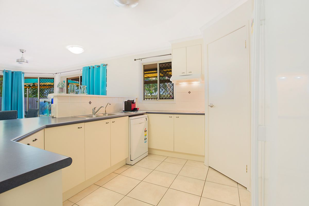7 Cunningham Court, North Lakes QLD 4509, Image 2
