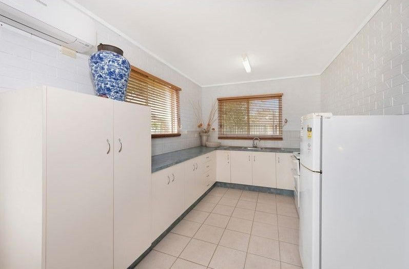 1/2 Poinciana Court, Woodgate QLD 4660, Image 2