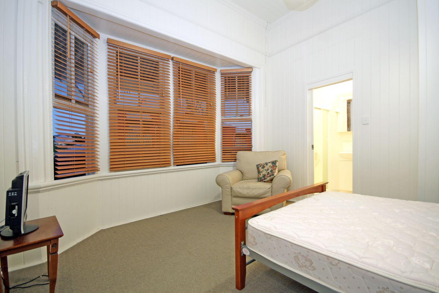 8/14 Morris Street, Highgate Hill QLD 4101, Image 2