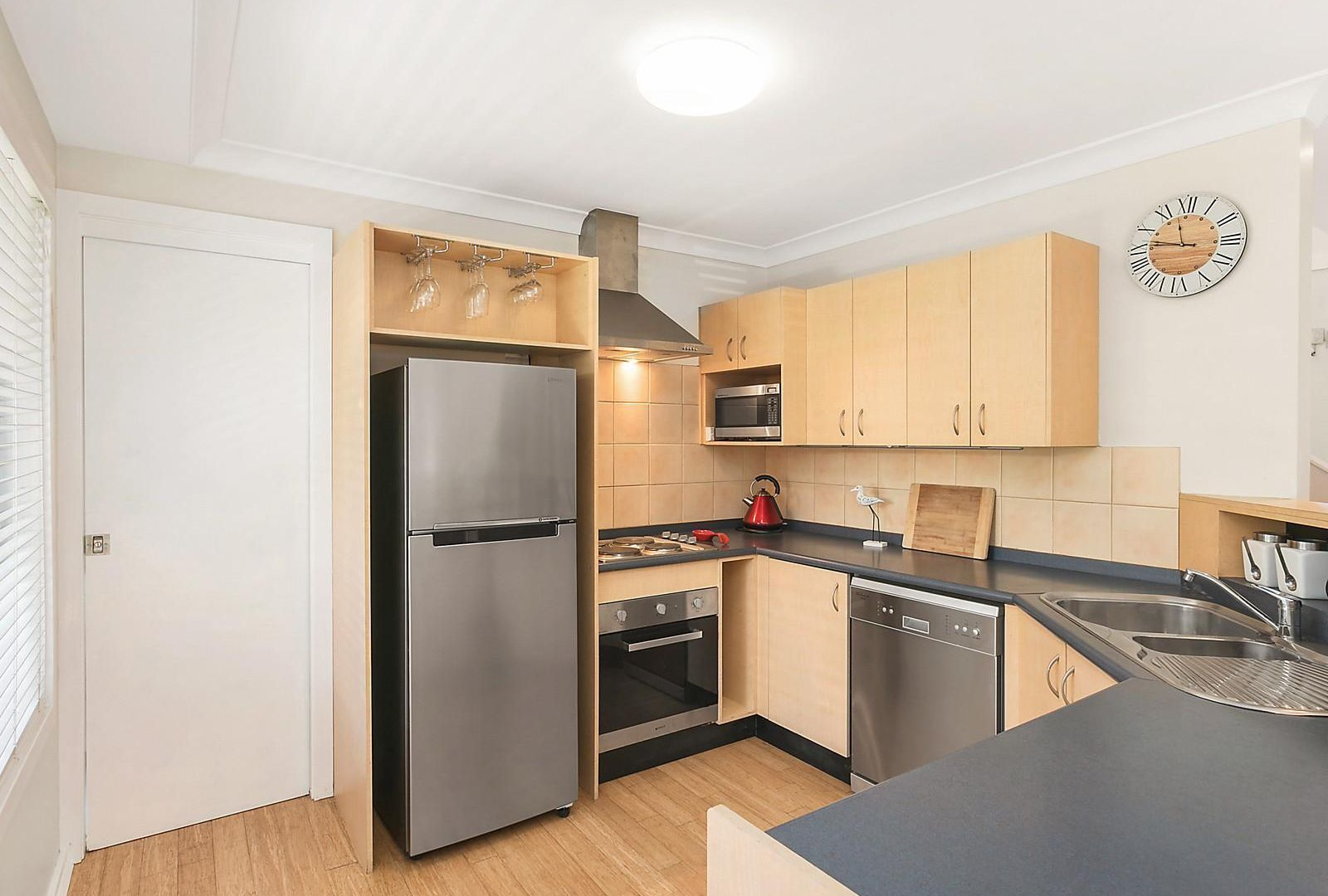 1/110 Bay Road, Blue Bay NSW 2261, Image 2