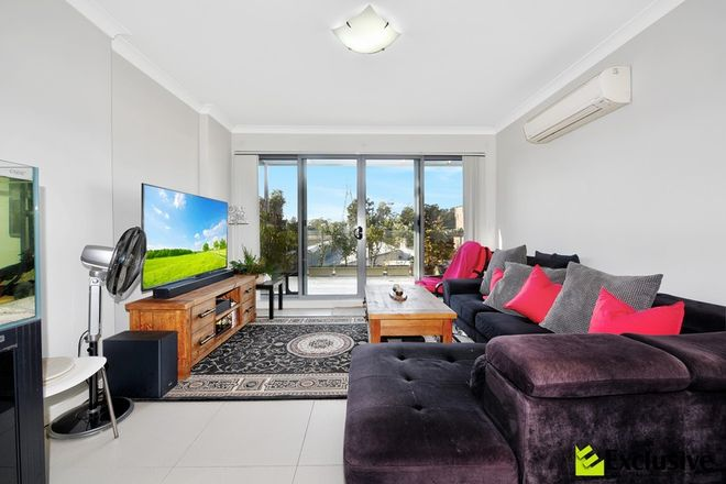 Picture of PH04/6-12 Courallie Avenue, HOMEBUSH WEST NSW 2140