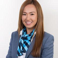 Amanda Luu, Sales representative