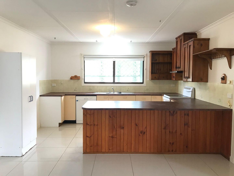 4 Timertop Avenue, Browns Plains QLD 4118, Image 2
