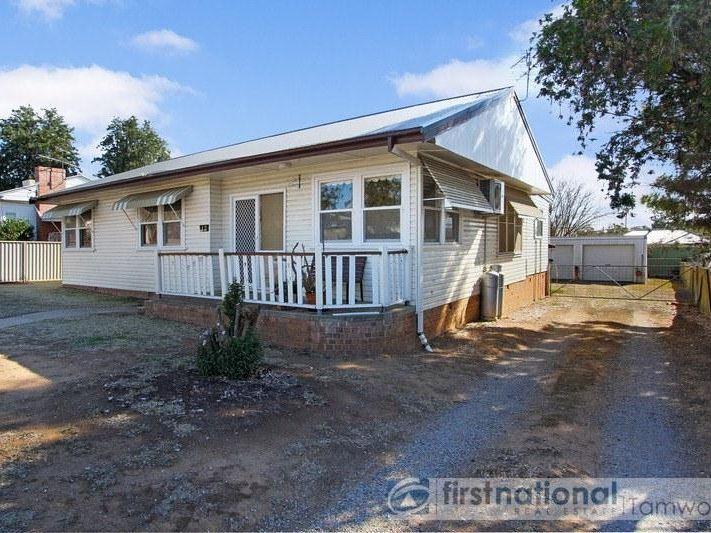 12 Central Avenue, Tamworth NSW 2340, Image 0