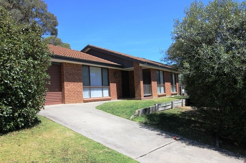 24 Paul Crescent, Moss Vale NSW 2577, Image 0