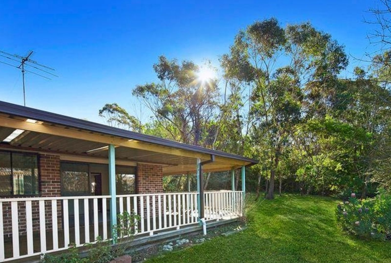 19 Cook Road, Wentworth Falls NSW 2782, Image 2