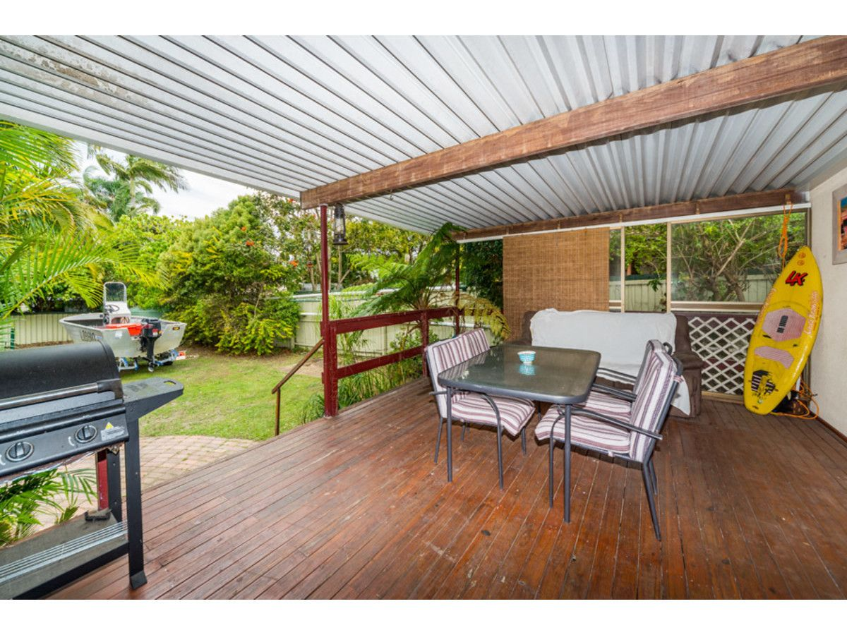 152 Government Road, Labrador QLD 4215, Image 1