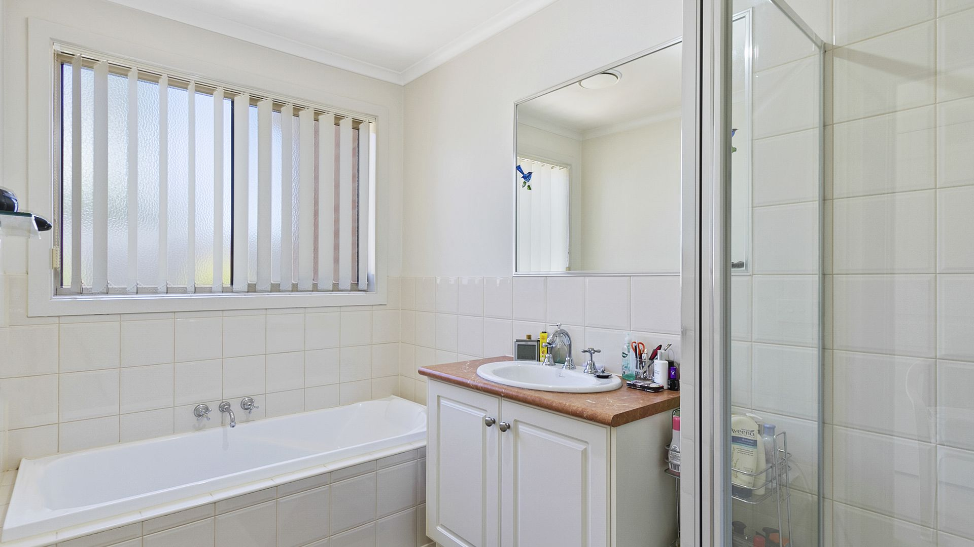 11/2 Wallace Street, Morwell VIC 3840, Image 2