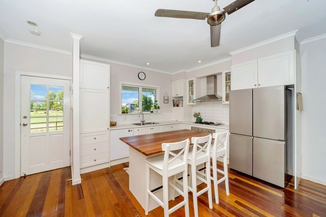 Picture of 5 Greengum Court, BLACK RIVER QLD 4818