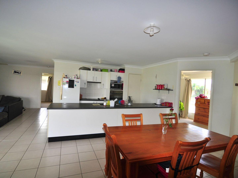 14 Kanimbla Avenue, Cooloola Cove QLD 4580, Image 2