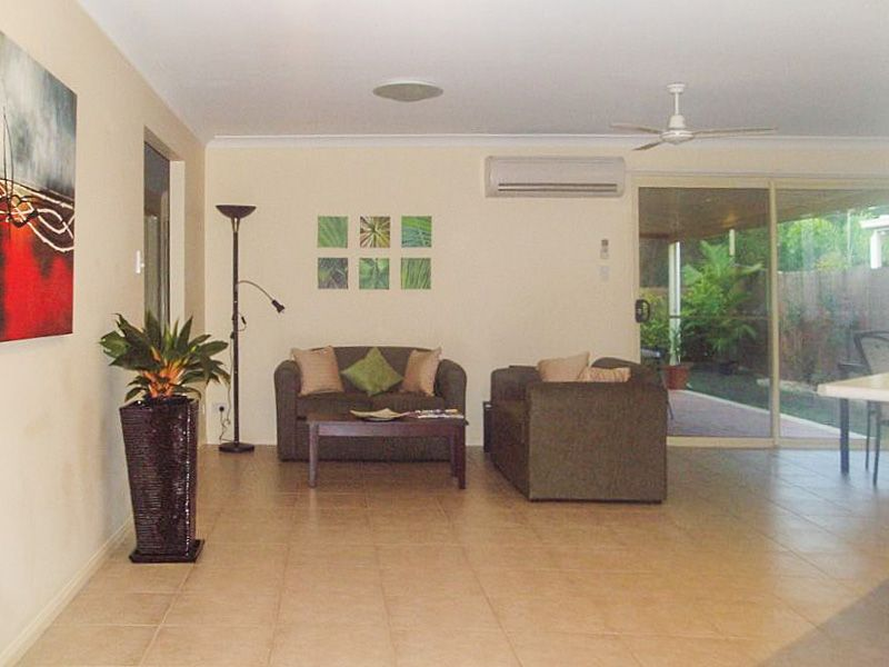 24 Corrimal Place, Sandstone Point QLD 4511, Image 1