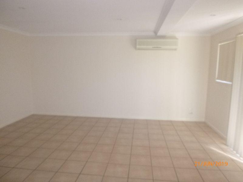 4/6-8 Gladys Street, Kingaroy QLD 4610, Image 2