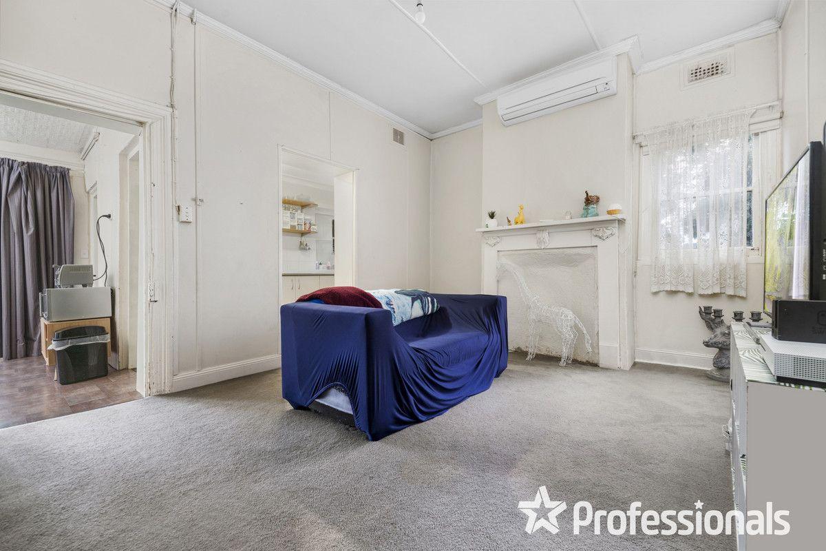 129 Durham Street, Bathurst NSW 2795, Image 2