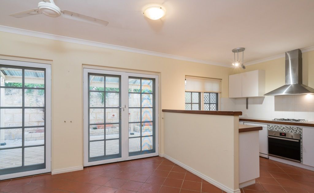 99 Douglas Avenue, South Perth WA 6151, Image 2