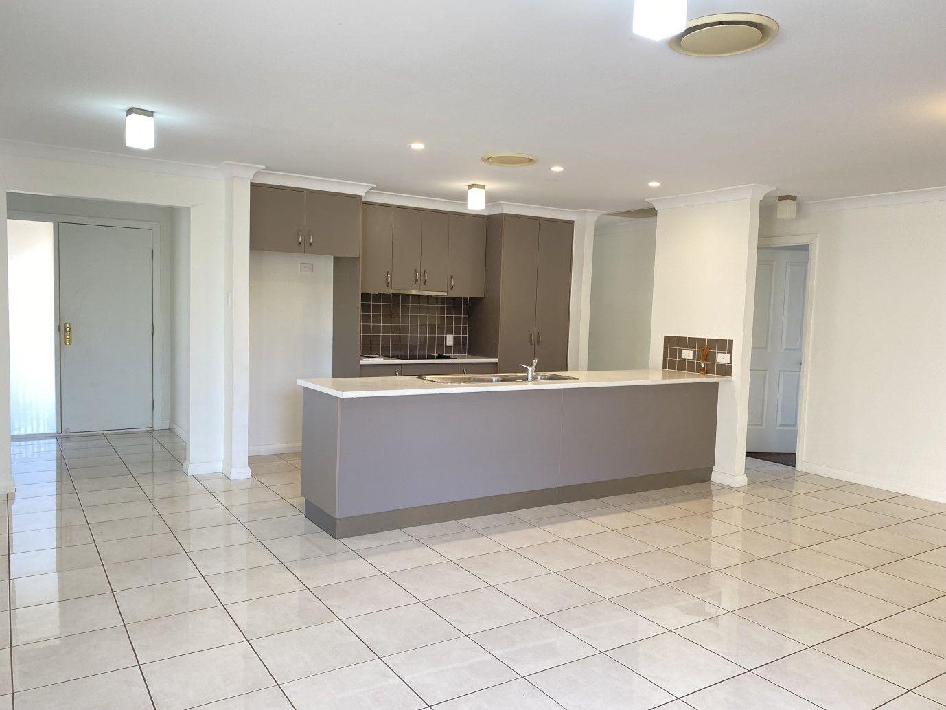 79 Sommerfeld Crescent, Chinchilla QLD 4413, Image 2
