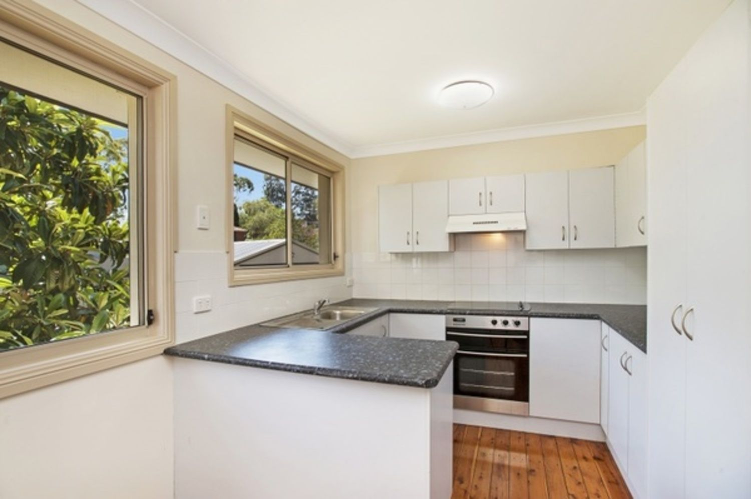 7 Unicomb Close, Rutherford NSW 2320, Image 2