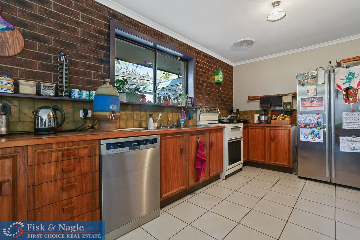 32 Myrtle Road, Myrtle Mountain NSW 2550, Image 2