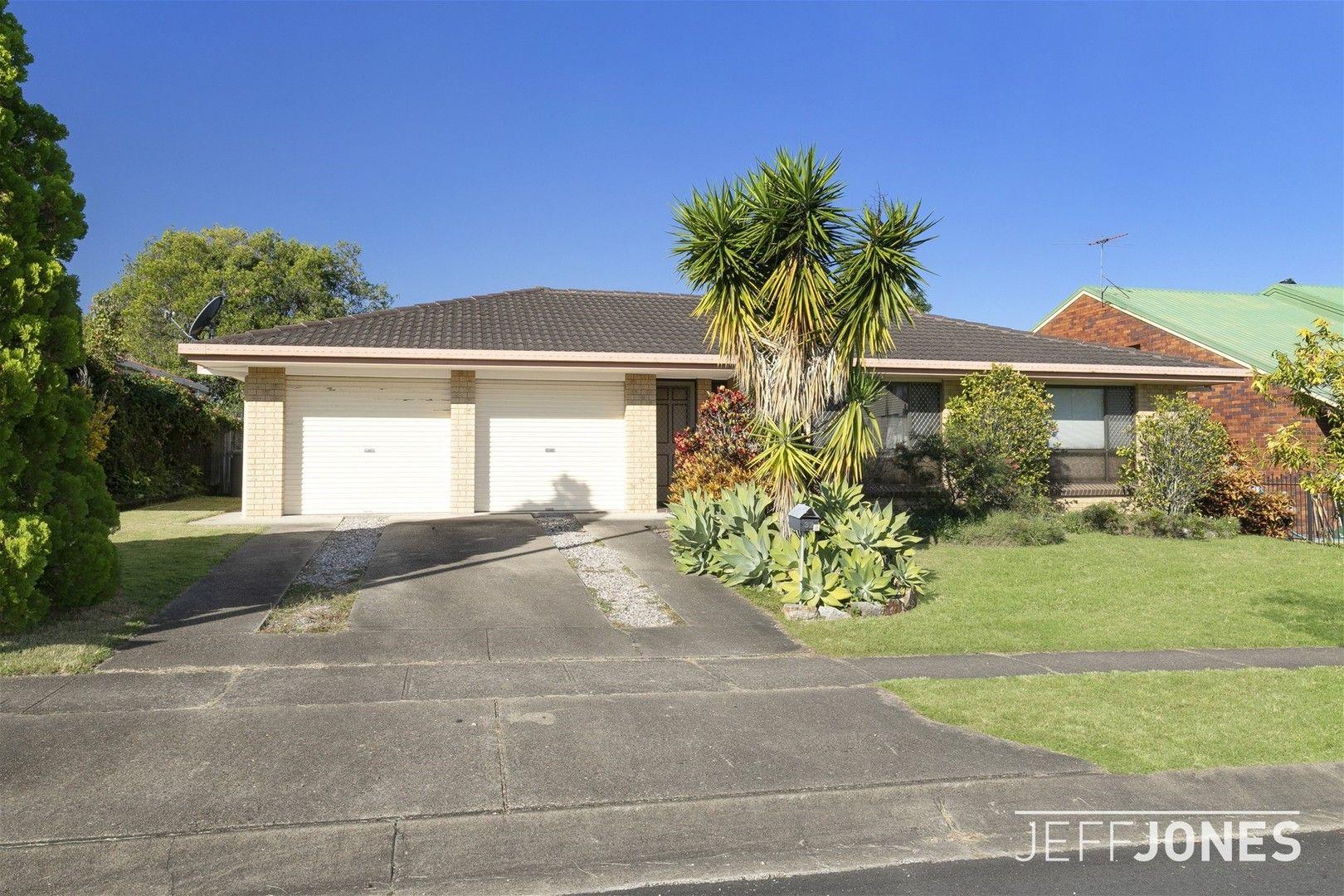 32 Bedivere Street, Carindale QLD 4152, Image 0