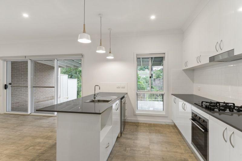 4 Aminya Place, Farmborough Heights NSW 2526, Image 1