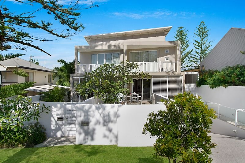 1/32 Seaside Avenue, Mermaid Beach QLD 4218, Image 1