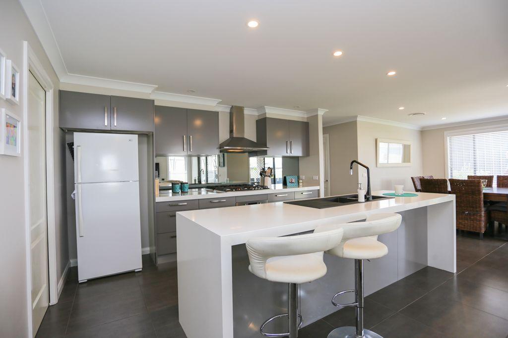 12 Coates Drive, Kelso NSW 2795, Image 2