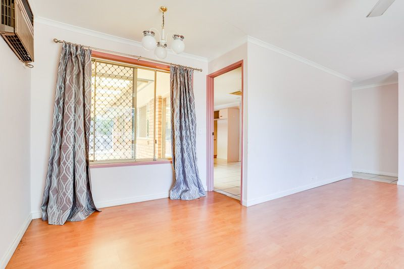 16 Loddon Street, Riverhills QLD 4074, Image 2
