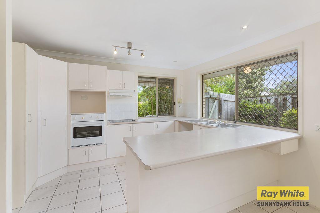 11 Housman Place, Calamvale QLD 4116, Image 2