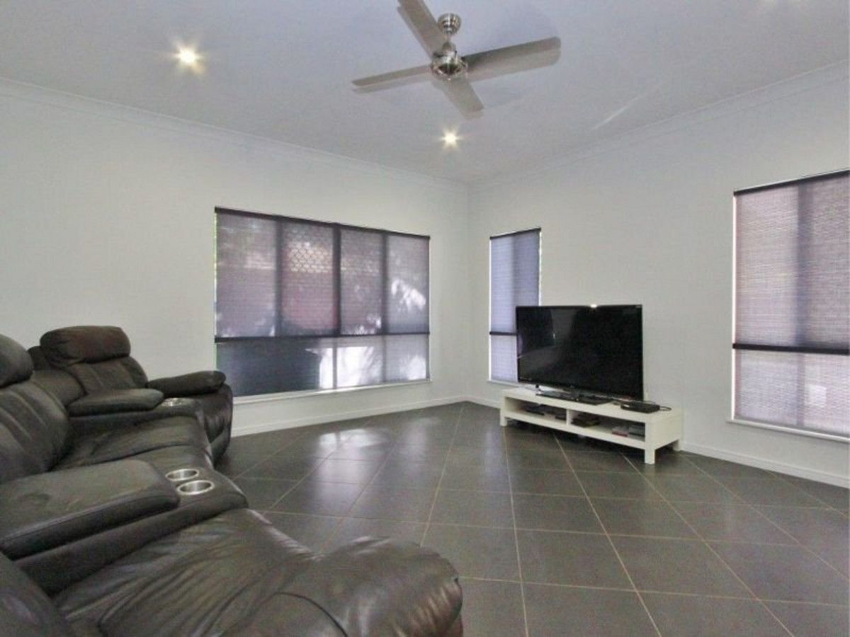 27 Como Close, Kewarra Beach QLD 4879, Image 2