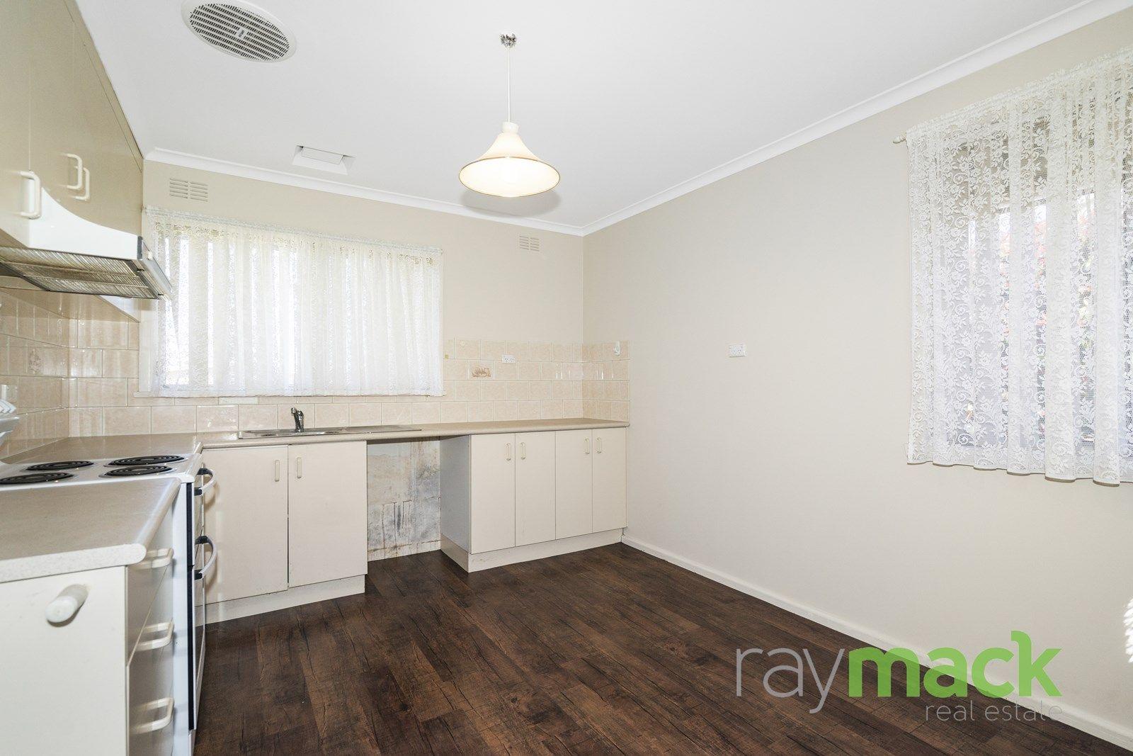 471 McDonald Road, Lavington NSW 2641, Image 2
