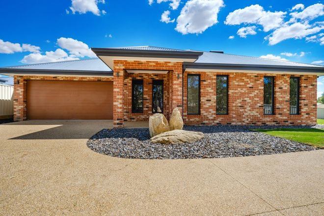 Picture of 1/1 CASTLE CREEK ROAD, WODONGA VIC 3690