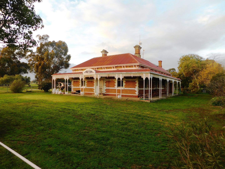 70 Glenview Road, Howlong NSW 2643, Image 0