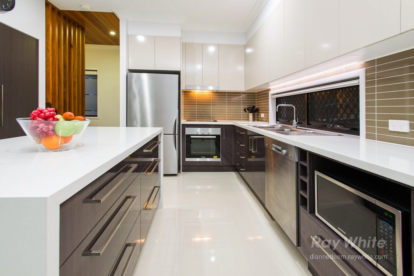 10 Lauder Street, Mount Gravatt East QLD 4122, Image 2