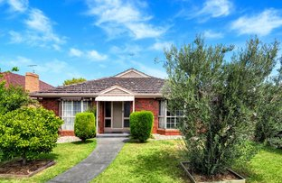 Picture of 1/37 Roland Avenue, Strathmore VIC 3041
