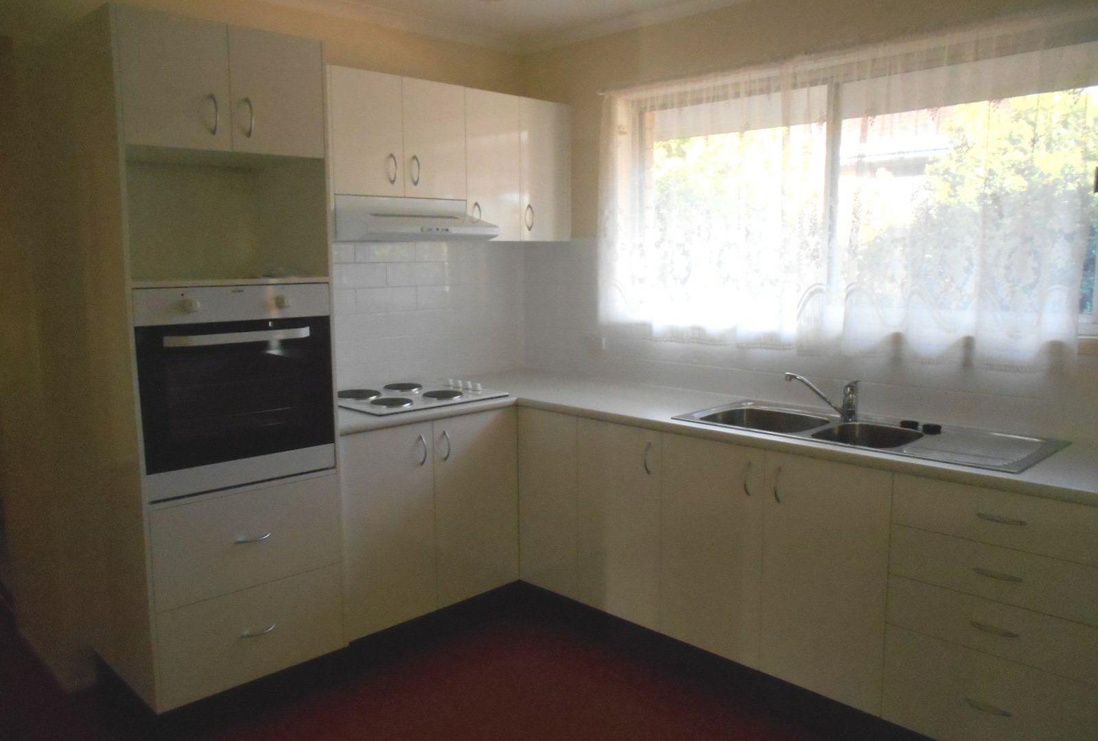 43 Brockworth Street, Wynnum West QLD 4178, Image 2