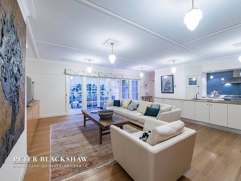 2 Hayes Crescent, Griffith ACT 2603, Image 2