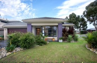 Picture of 2 Pinebank Avenue, Cranbourne East VIC 3977