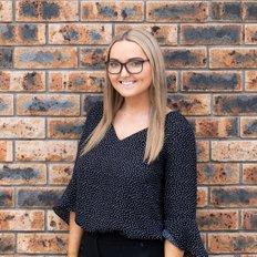 Ashleigh Tarrant, Sales representative